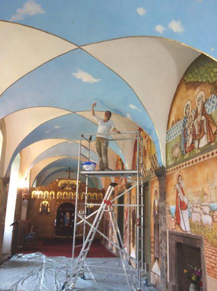 ich-auf-geruest-kloster-kirche